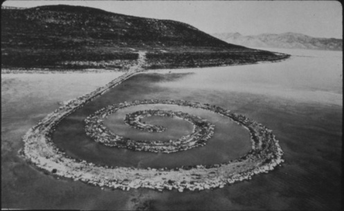 robert_smithson_-_spiral_jetty_-_1970_740_1140